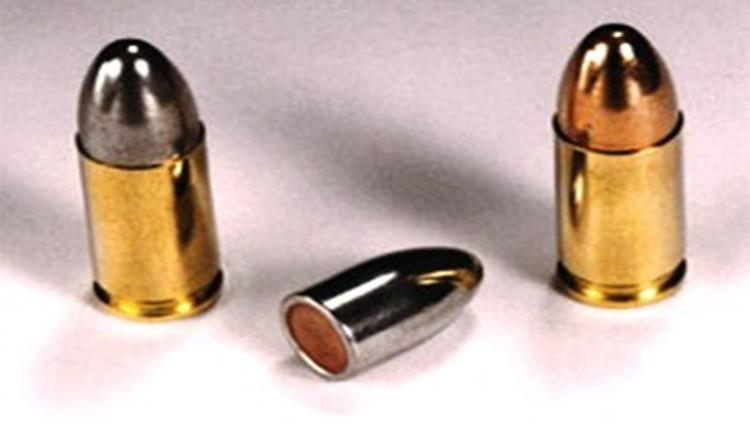 Hoy solo tres balas